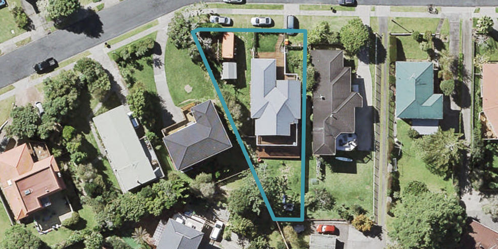32 Wyoming Avenue, Murrays Bay, Auckland