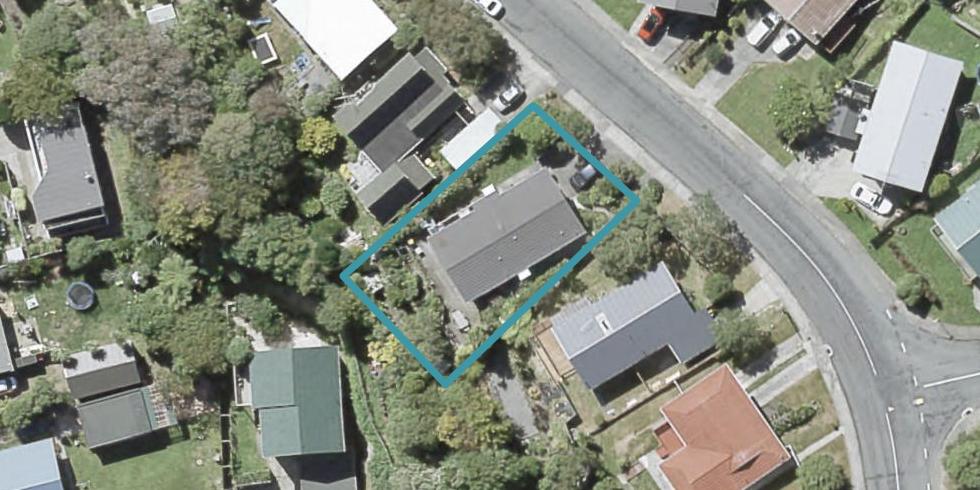 8 Hazlewood Avenue, Karori, Wellington