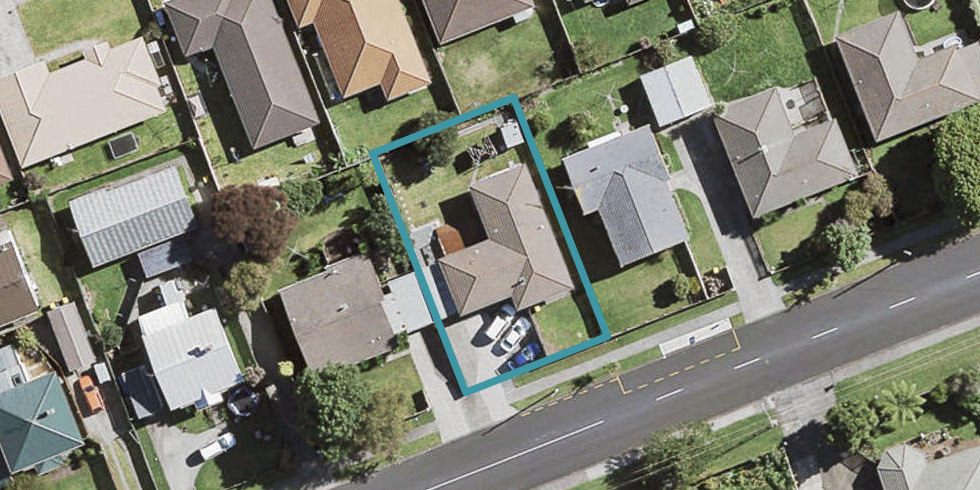 66 Old Wairoa Road, Papakura