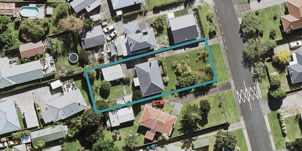 11 Neil Avenue, Te Atatu Peninsula, Auckland