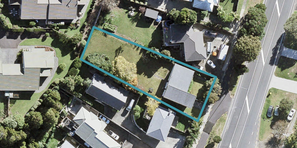 900 East Coast Road, Northcross, Auckland