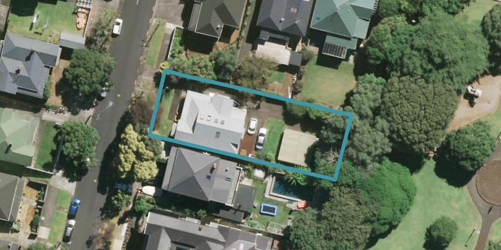 24 Huntly Avenue, Grafton, Auckland