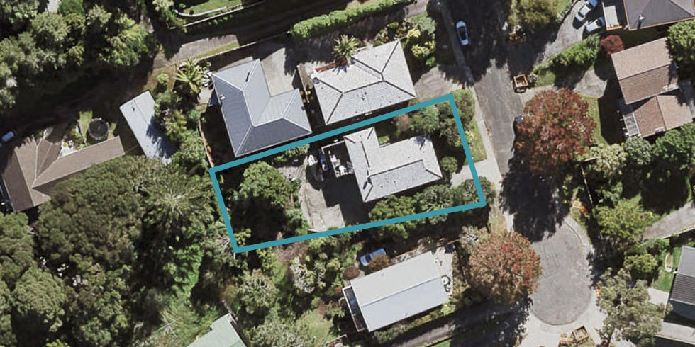 27 Brunton Place, Glenfield, Auckland