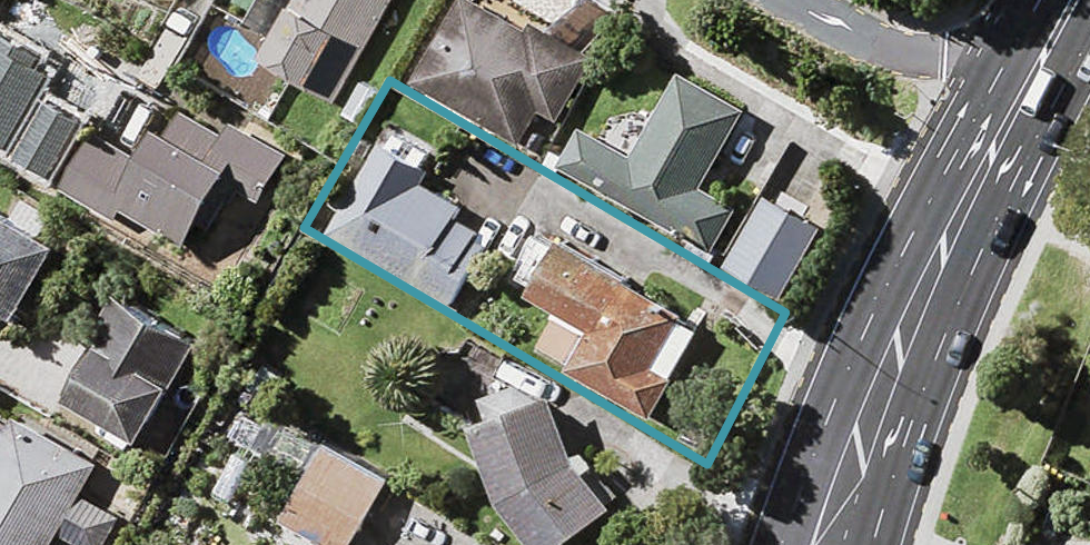 1/460 East Coast Road, Windsor Park, Auckland
