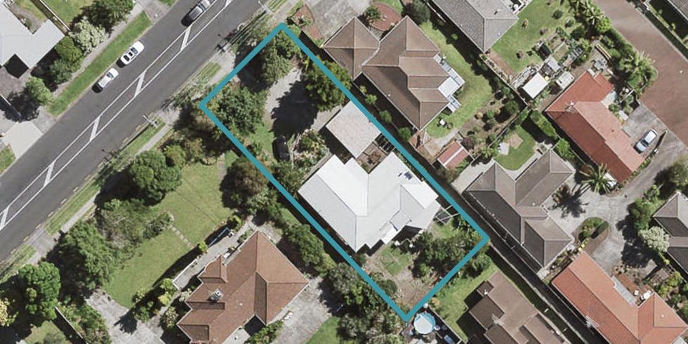 48 Sturges Road, Henderson, Auckland