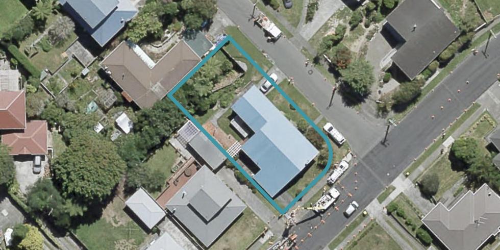 4 Pembroke Street, Tawa, Wellington