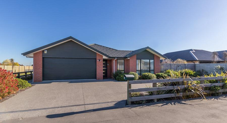 23 Lloyds Close, Rolleston