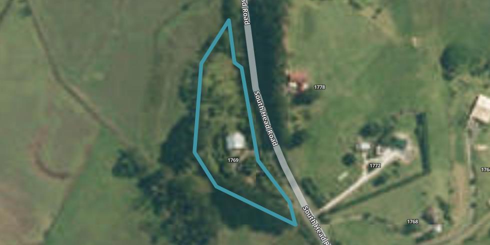 1769 South Head Road, Mairetahi