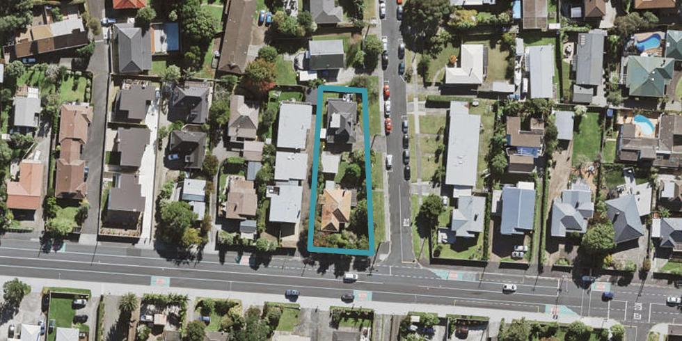 2/167 Onewa Road, Birkenhead, Auckland