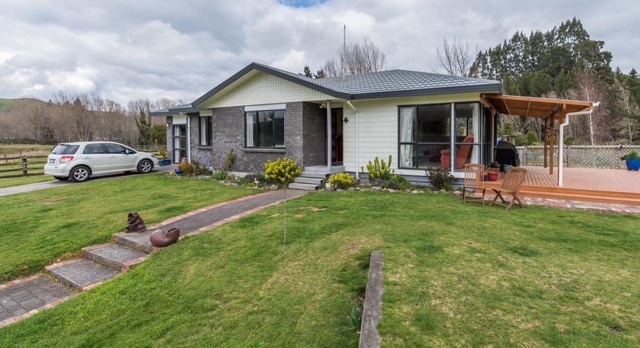 2/504 Mapara Road, Acacia Bay, Taupo