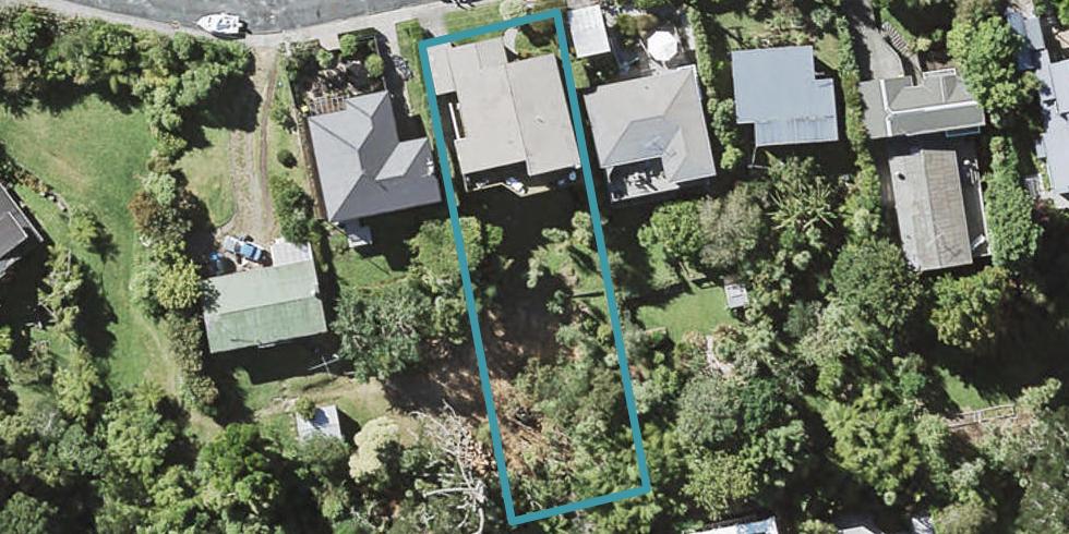 42 Peter Terrace, Castor Bay, Auckland