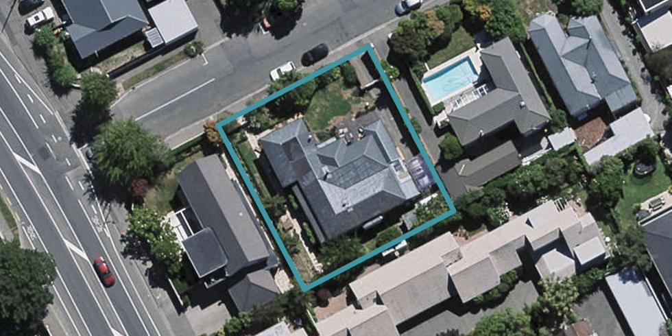 8 Aikmans Road, Merivale, Christchurch
