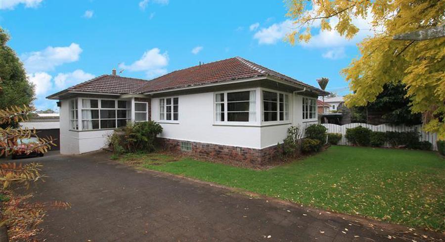 105 Kiwi Road, Point Chevalier, Auckland