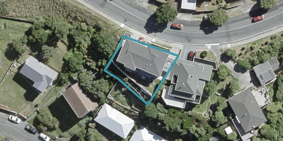 18 Akaroa Drive, Maupuia, Wellington