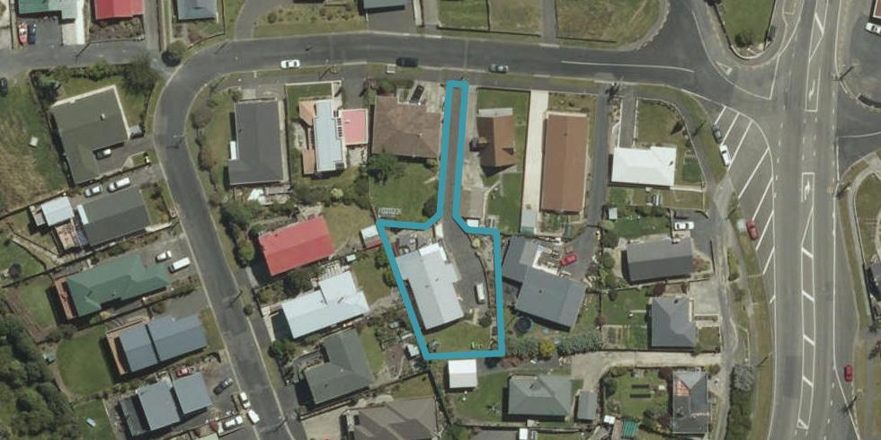 8 Clariton Avenue, Green Island, Dunedin