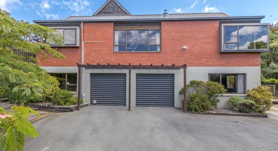2 Studfold Row, Westmorland, Christchurch