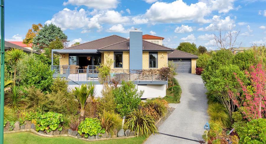 68 Brookwood Drive, Henderson, Auckland