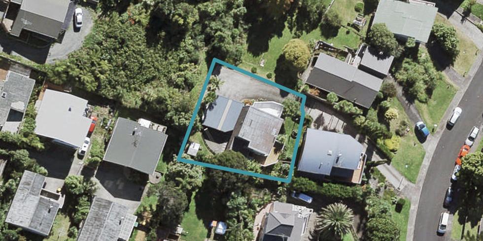 17 Noeleen Street, Glenfield, Auckland