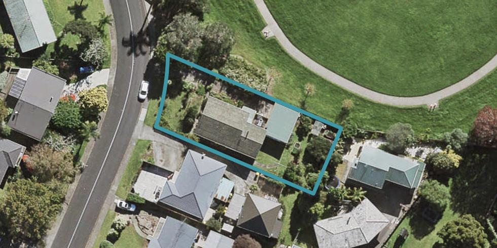 9 Normanton Street, Glenfield, Auckland