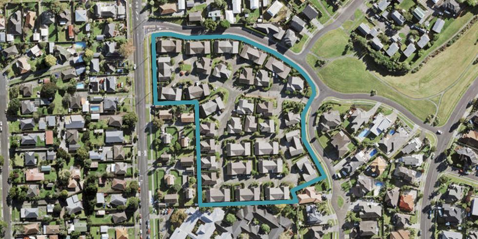 20/1 Piriti Drive, Te Atatu Peninsula, Auckland