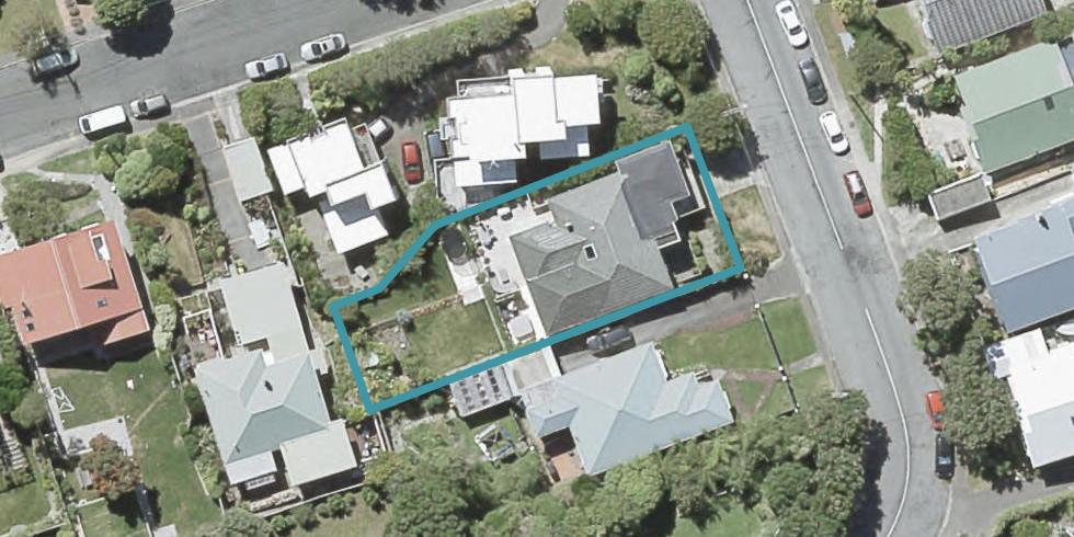 21 Homewood Crescent, Karori, Wellington