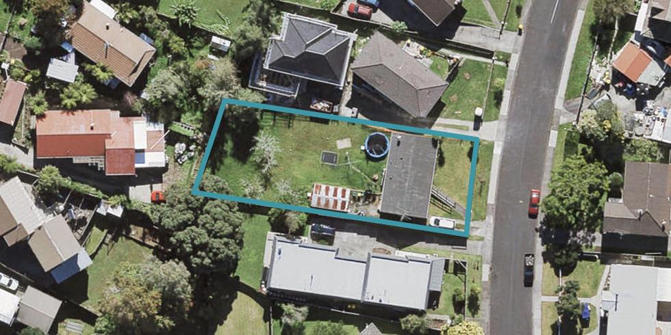 7 Vina Place, Massey, Auckland