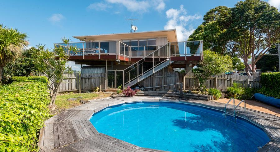 207 Point View Drive, East Tamaki Heights