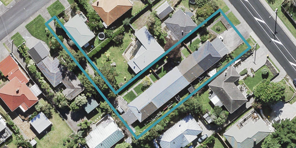 2/44 Rua Road, Glen Eden, Auckland