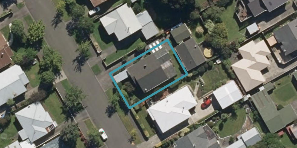 11 Burns Avenue, Takaro, Palmerston North
