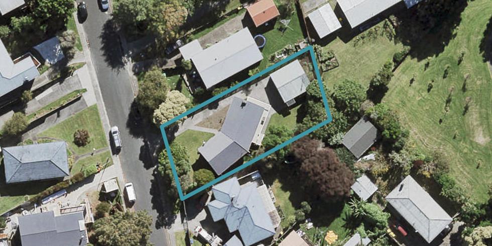 20 Rosalind Road, Glenfield, Auckland