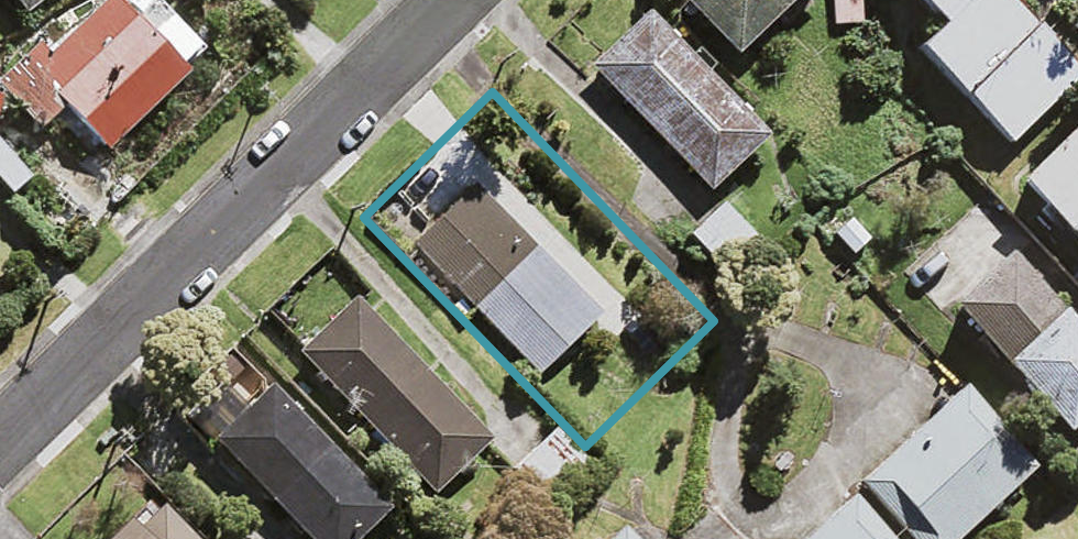 1/6 Anne Road, Hillcrest, Auckland