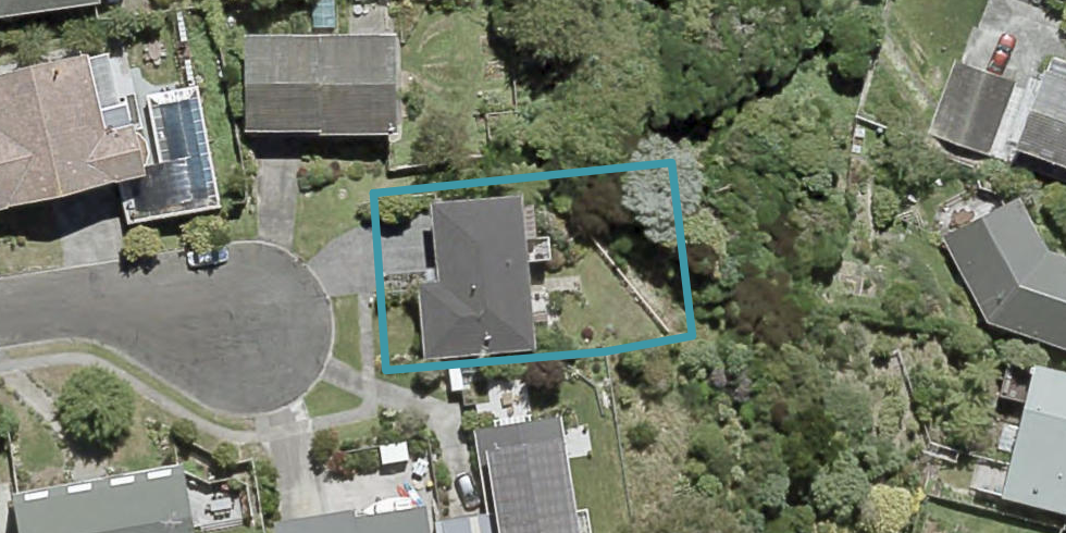 6 Wadham Grove, Tawa, Wellington