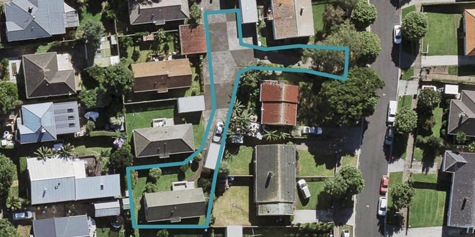 2/16 Cameron Street, Onehunga, Auckland