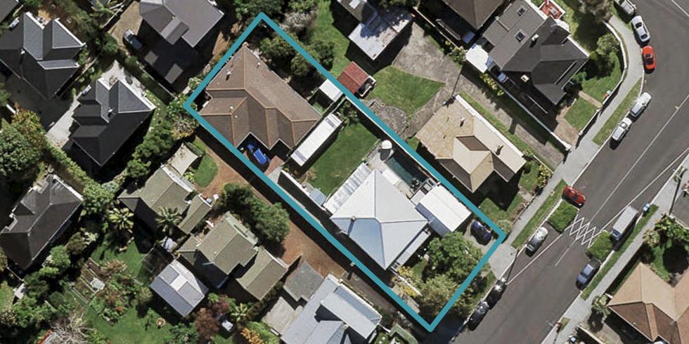 2/18 Wairakei Street, Greenlane, Auckland