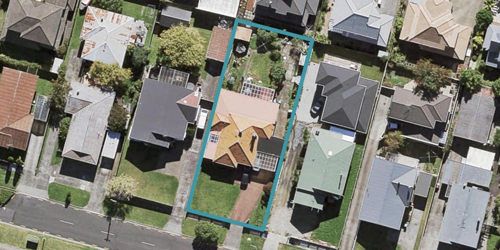 17 Jasper Avenue, Mount Roskill, Auckland