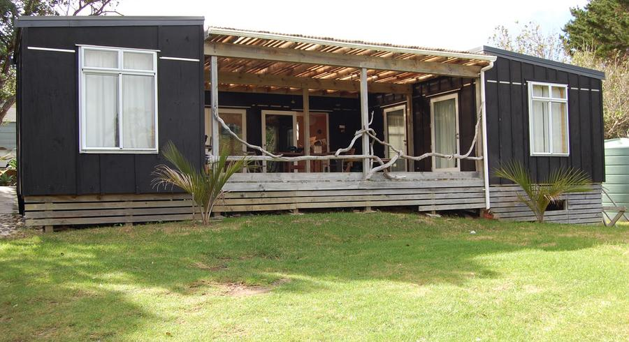 15B Garden Road, Great Barrier Island