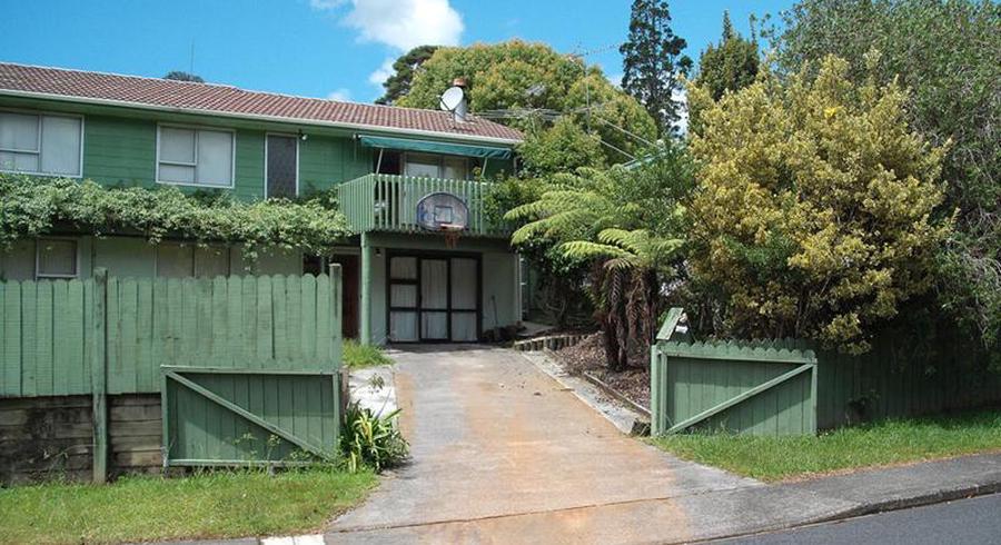 30 Onedin Place, Titirangi, Auckland