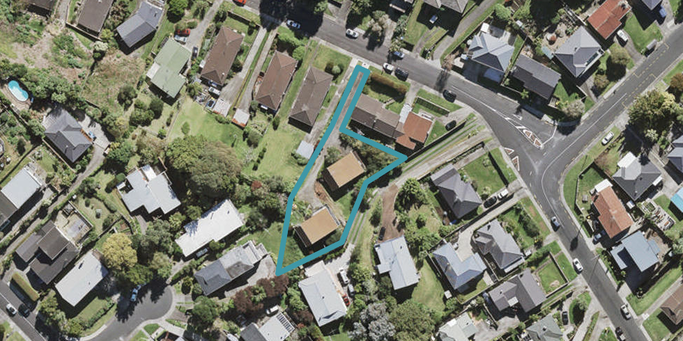 1/7 Sovereign Place, Glenfield, Auckland