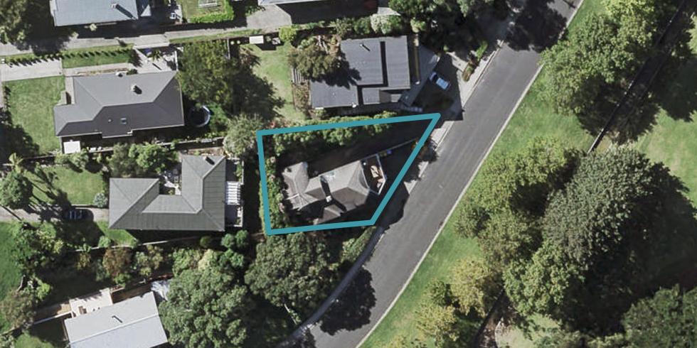 46 Seabreeze Road, Narrow Neck, Auckland