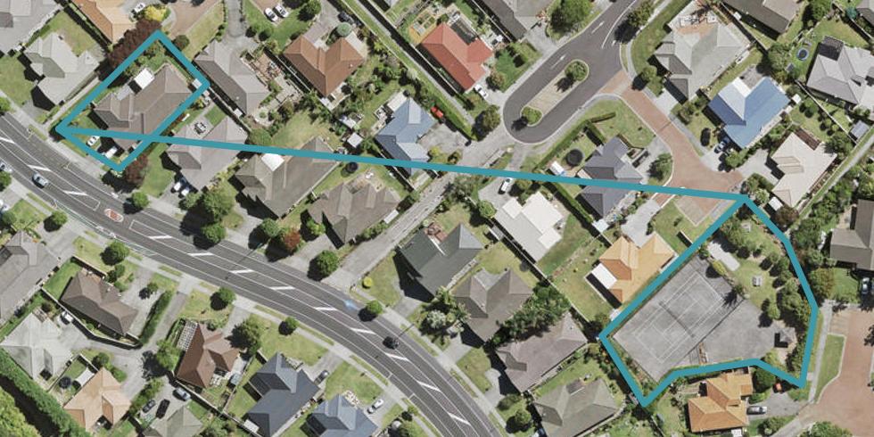 89 Summerland Drive, Henderson, Auckland
