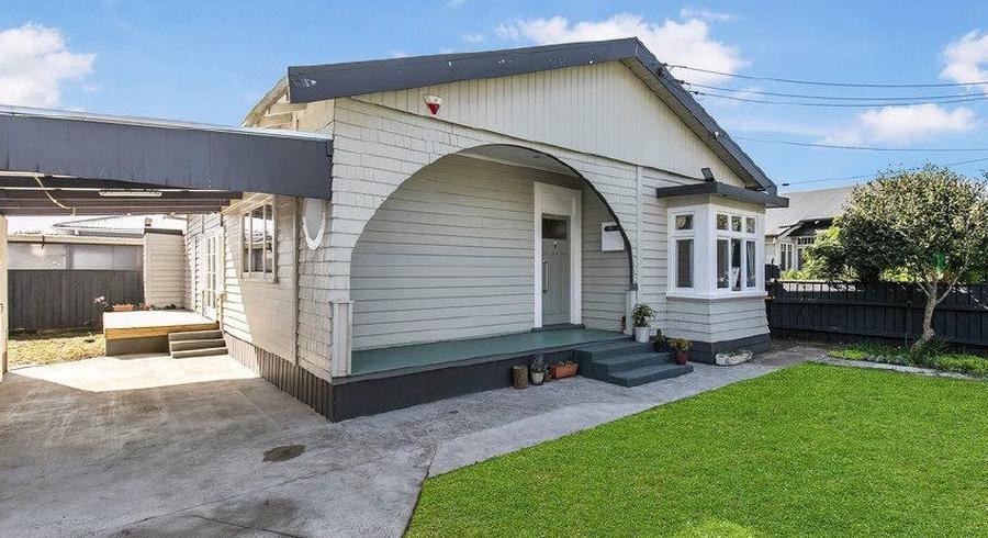 1/4 Rosella Road, Mangere East, Auckland