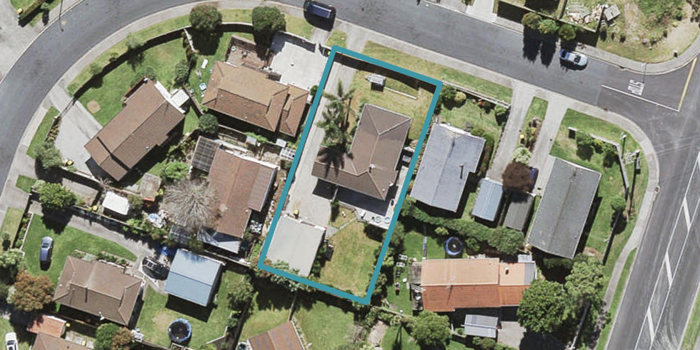 4 Katrina Place, Massey, Auckland
