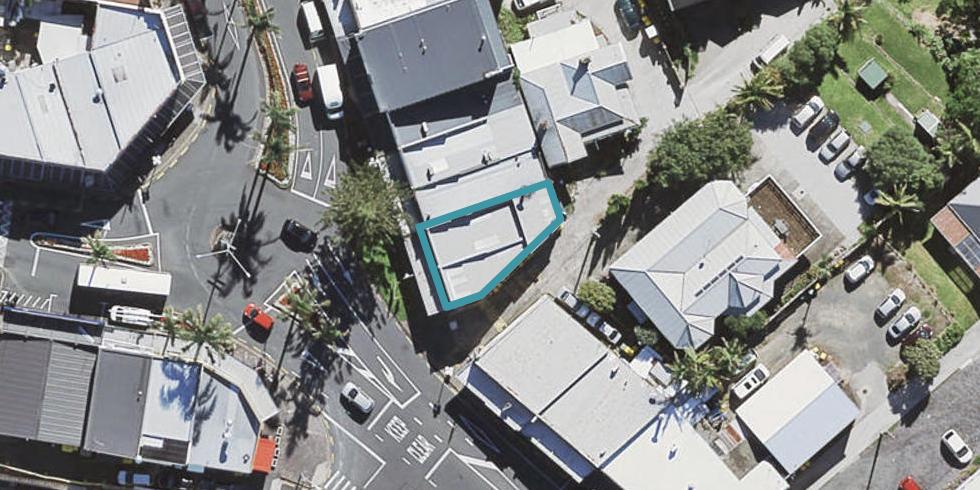 2/1B Birkenhead Avenue, Birkenhead, Auckland