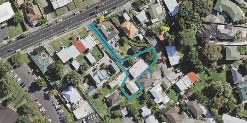 17 Hill Road, Hill Park, Manukau