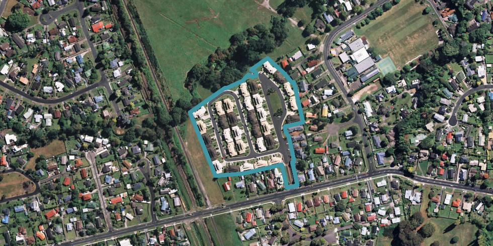 9/64 Kawaha Point Road, Kawaha Point, Rotorua