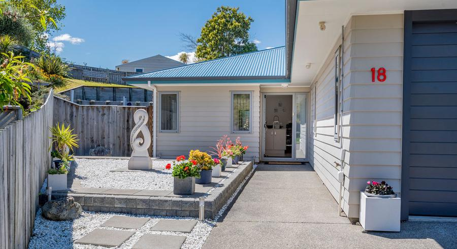 18 Ashleigh Way, Waikanae Beach