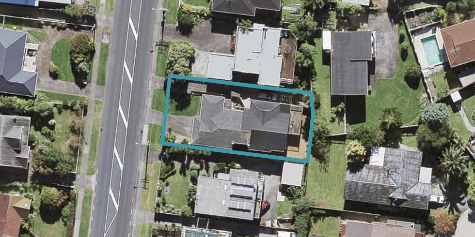 1/43 Te Atatu Road, Te Atatu South, Auckland