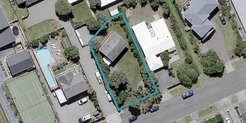 129 Field Way, Waikanae Beach, Waikanae