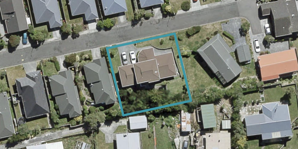 6 Peter Button Place, Johnsonville, Wellington