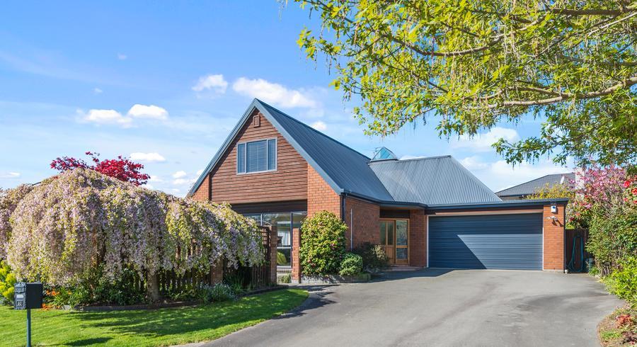 40 Stillwater Avenue, Burwood, Christchurch